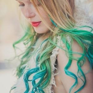 Barvni lasni podaljski