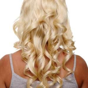 VK H9503 88E943 02 300x300 - Lasni šinjon vstavek polovični valovit  s 7 sponkami blond  razne barve VK-H90503
